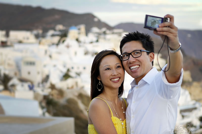 Tony & Anh-thu's candid photo in Santorini