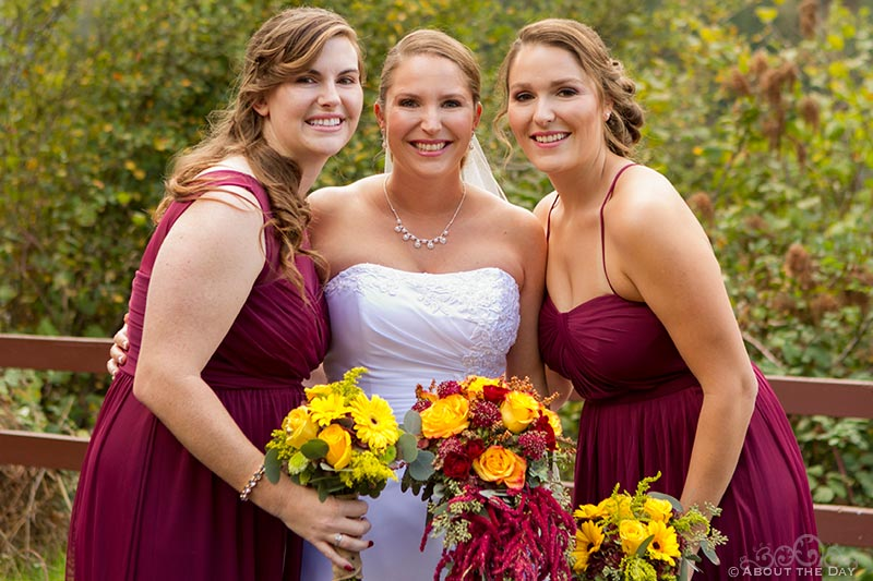 Bride and her sisters at Sternwheeler Columbia Gorge & Marine Park