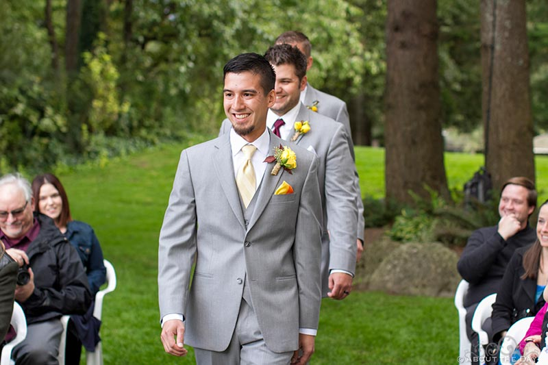 Groom enters the wedding at Sternwheeler Columbia Gorge & Marine Park