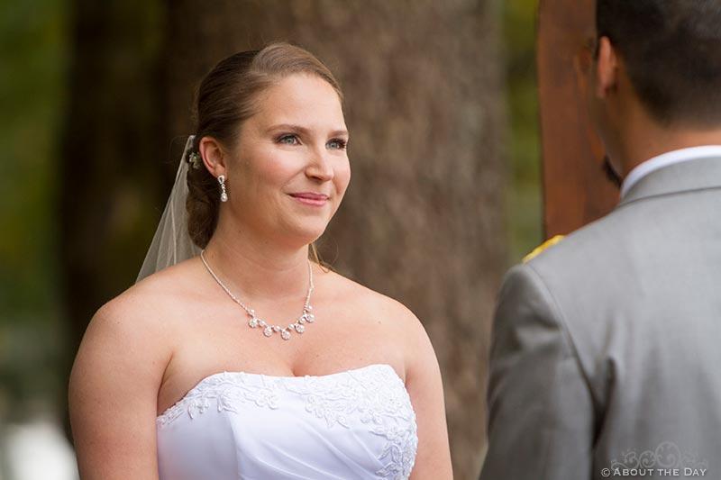Brides vows at Sternwheeler Columbia Gorge & Marine Park