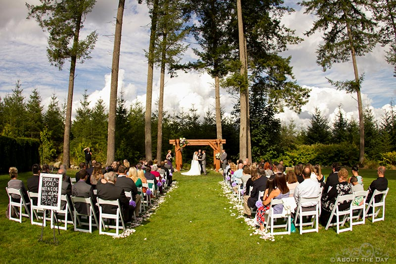 Wedding ceremony at Natures Connection in Arlington, Washington