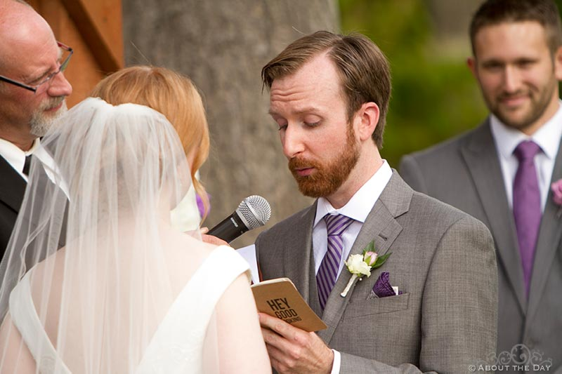 Grooms vows at Natures Connection in Arlington, Washington