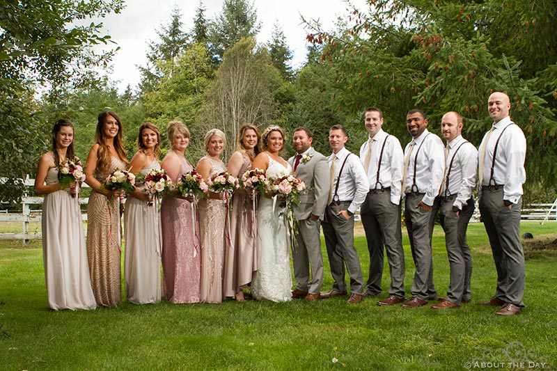 Bride and Groom with their full wedding party