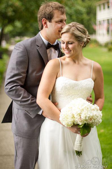 Bride kisses Groom snuggle after first glance
