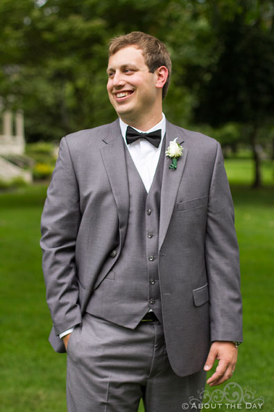 Groom modeling gray on gray suit