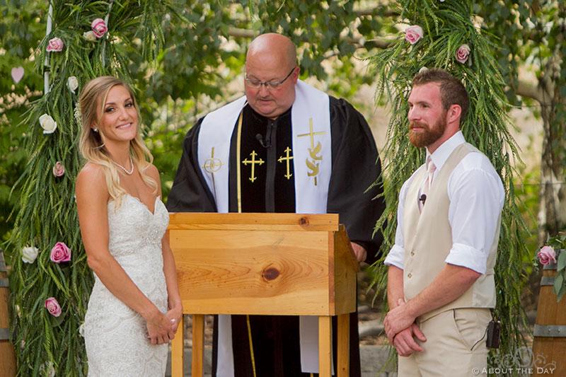 Wedding ceremony at Shadow Lake Ranch