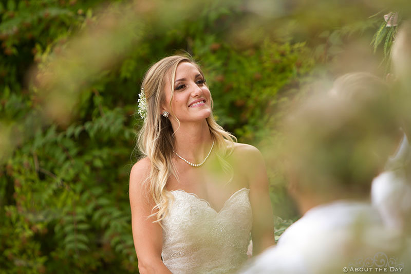 Bride says her vows at Shadow Lake Ranch