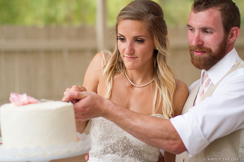 Cake cutting at Shadow Lake Ranch