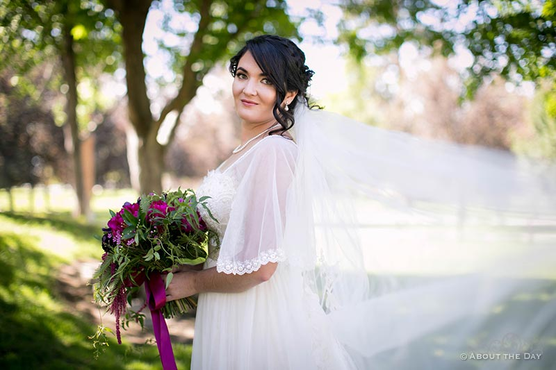 HannahShae with her wedding veil