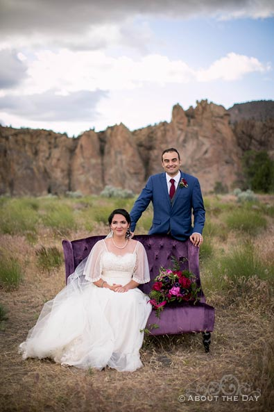 HannahShae & Connor with a purple couch at Smith Rock