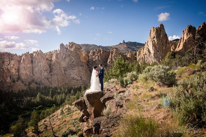Connor & HannahShae on a ledge at Smith Rock